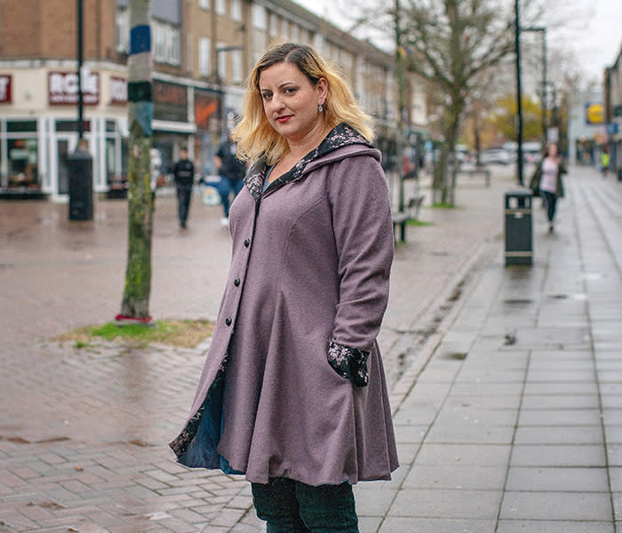 Rosamund Knight, Havant Labour Party delegate. In Leigh Park. Hampshire. For piece by William Wallis 15/11/19