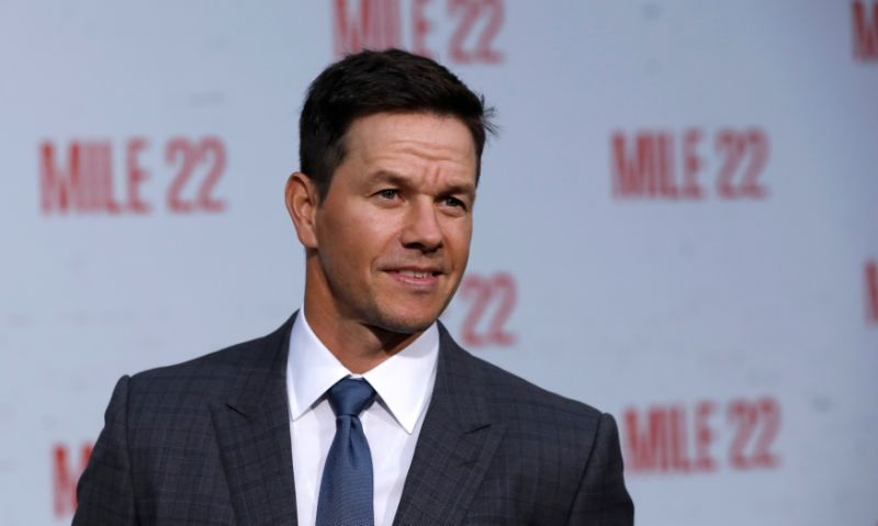 """Cast member Mark Wahlberg poses at the premiere for """"Mile 22"""" in Los Angeles, California, U.S., August 9, 2018. REUTERS/Mario Anzuoni"""