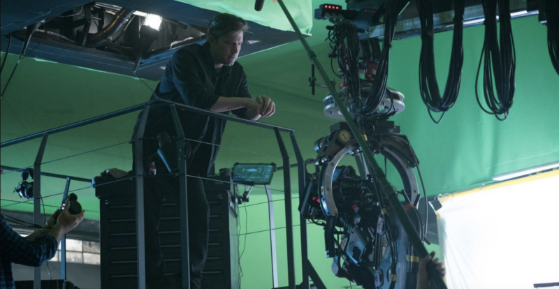 Ben Affleck reflects as Bruce Wayne on Zack Snyder's set (credit: Warner Brothers)